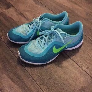Nike Training Flex 6 size 6.5